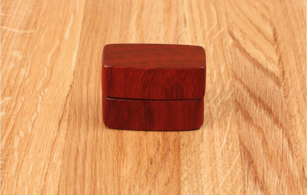 Торцевая шкатулка для кольца MTM-D0148